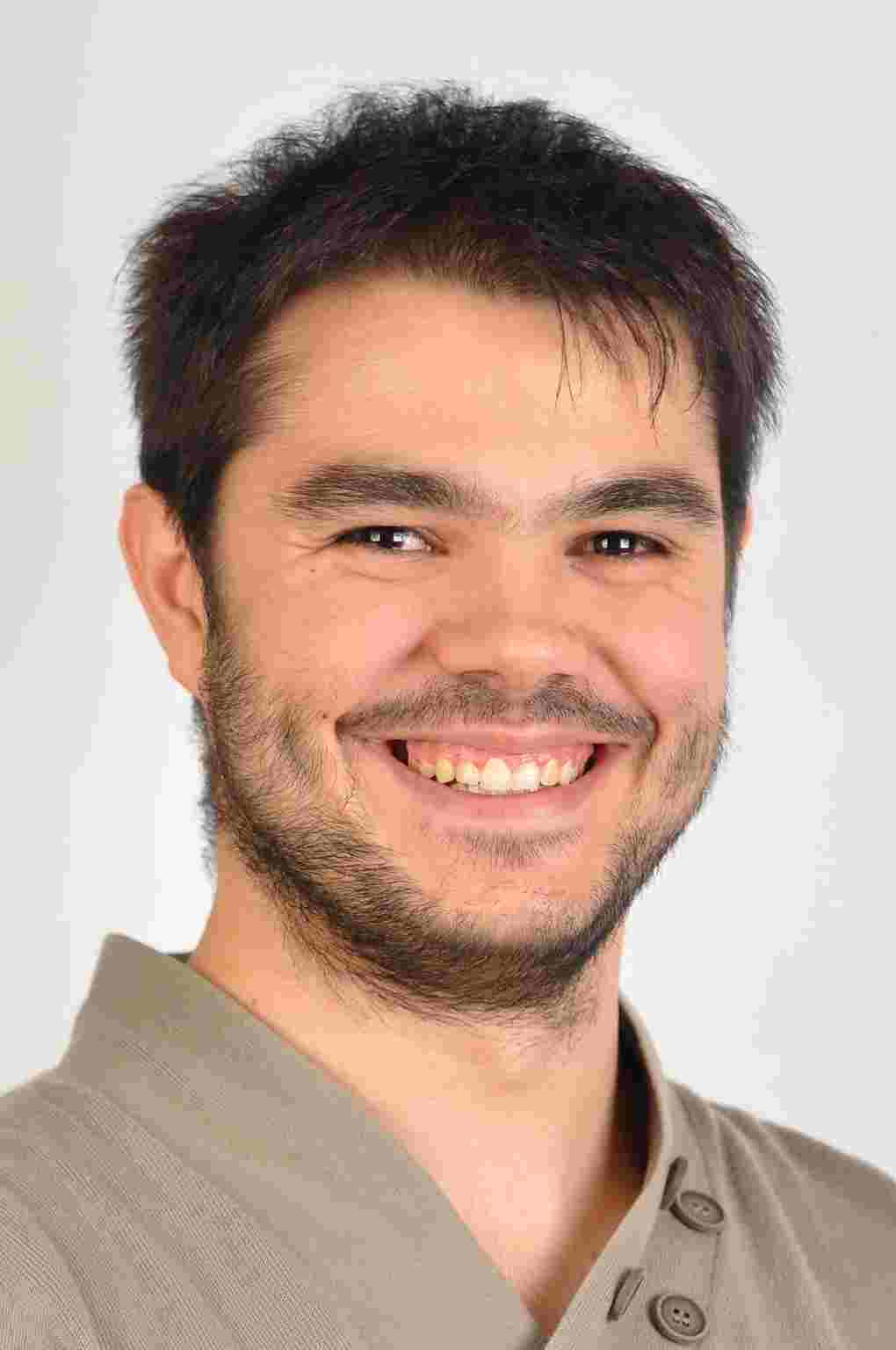 Damien AZA-VALLINA